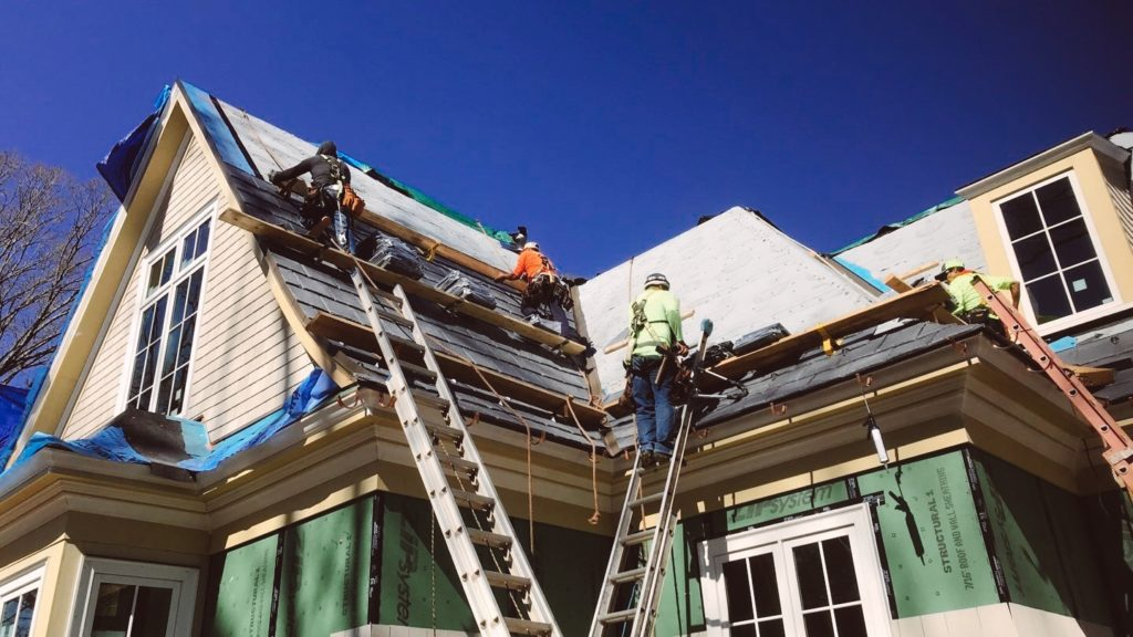 5 Warning Signs That You Need to Replace Your Roof